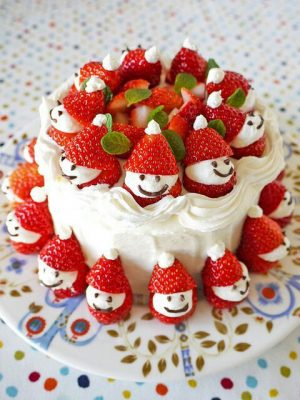 Cute and Delicious Japanese Christmas Cakes | PuniPuniJapan